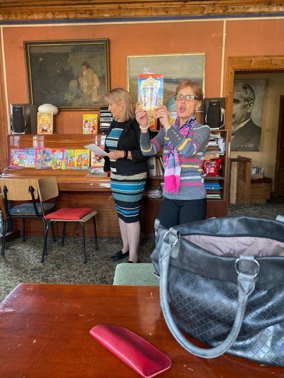 """Посещение на библиотека """"Възраждане"""" в Стария град - Изображение 1"""