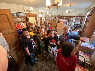 """Посещение на библиотека """"Възраждане"""" в Стария град - Изображение 2"""