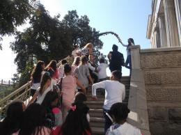 Петокласниците въведоха първокласниците към новата им класна стая - ОУ Гео Милев - Пловдив